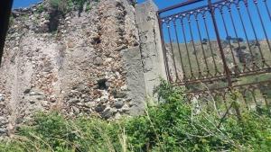 Il borgo di Briga superiore da tempo abbandonato.