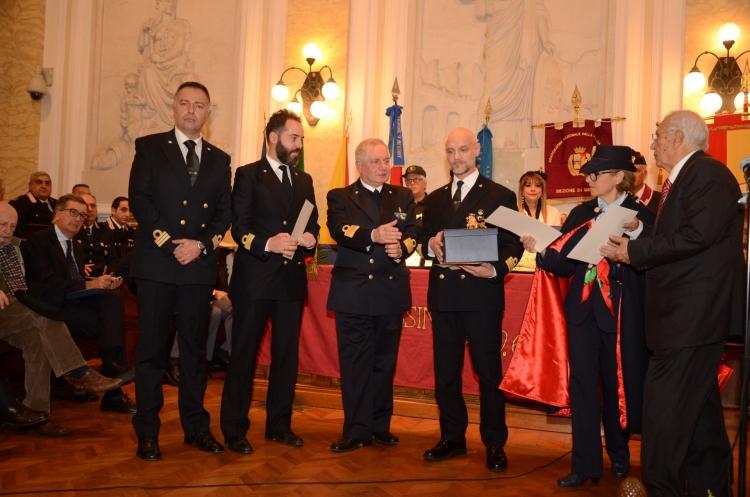 PREMIO ORIONE SPECIALE 2017 - Attestato di Benemerenza conferito al Capitano di Fregata ROSARIO MARCHESE, comandante in II°, ed ai Tenenti di Vascello SALVATORE TROVATO E TEOFILO TRAINA