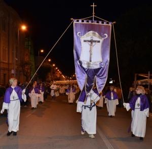 La rievocazione della passione di Cristo: Le foto video della PROCESSIONE DELLE BARETTE del 2013 a Messina.