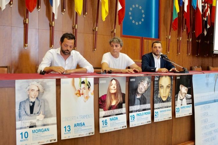 La rassegna musicale promossa dall'Hotel Ravesi dal 10 al 23 agosto Arisa, Nada, Morgan, Paolo Rossi tra i nomi in concerto a Salina