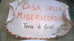 Messina - Sabato 28 ottobre al Supermercato Ingrosso Qui conviene di Maregrosso si potranno acquistare beni per il sostentamento della Casa della Misericordia e la Casa Moscati.