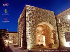 Breve storia del borgo di Montalbano Elicona dalle origini ai tempi moderni-con particolare rilevo al federiciano di Giovanni Albano. I NORMANNI