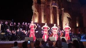 Taormina opera stars quasi diecimila spettatori con Tosca e Div4s.riprese di Video Bank
