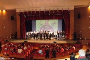 Al Teatro Mandanici di Barcellona Pozzo di Gotto due cori ripercorrono le canzoni dal Rinascimento al Pop.
