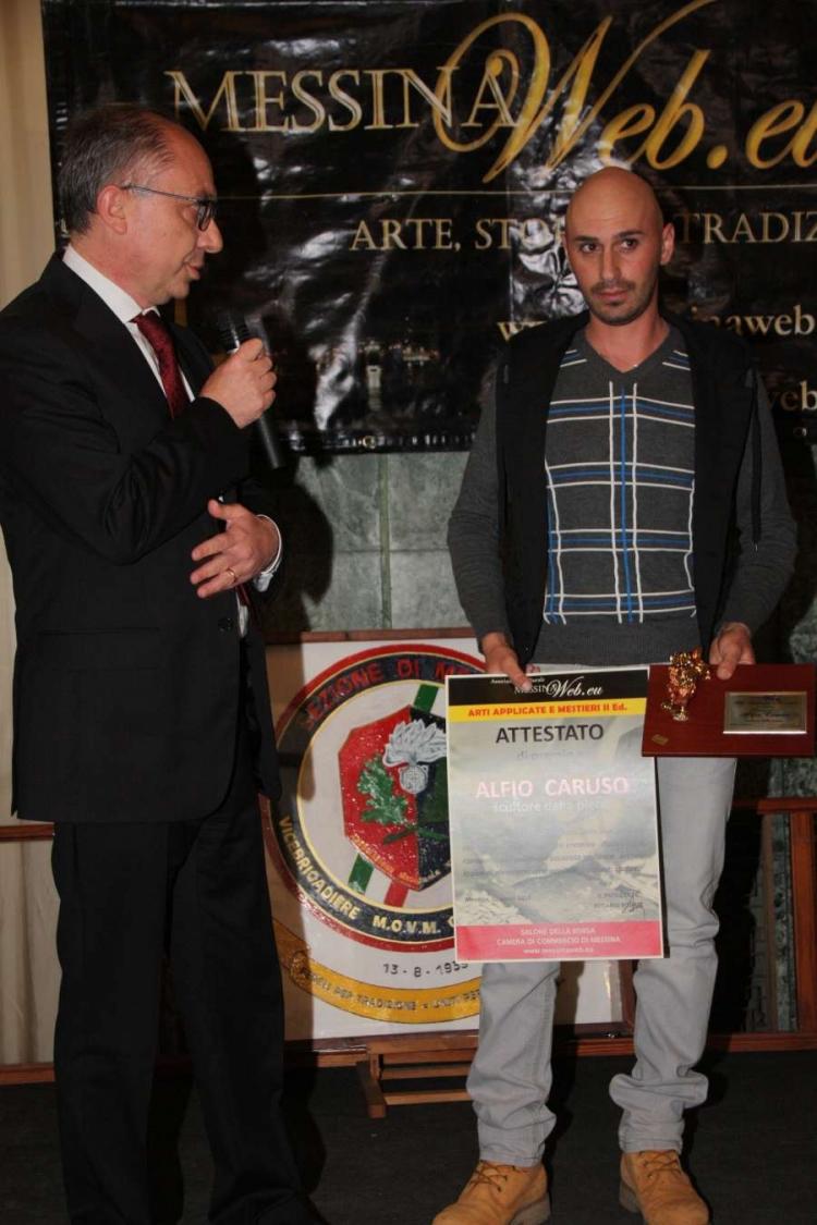 """Arti Applicate e Mestieri - Premio a: Alfio Caruso """"scultore della pietra"""" S.Fratello (Me)"""