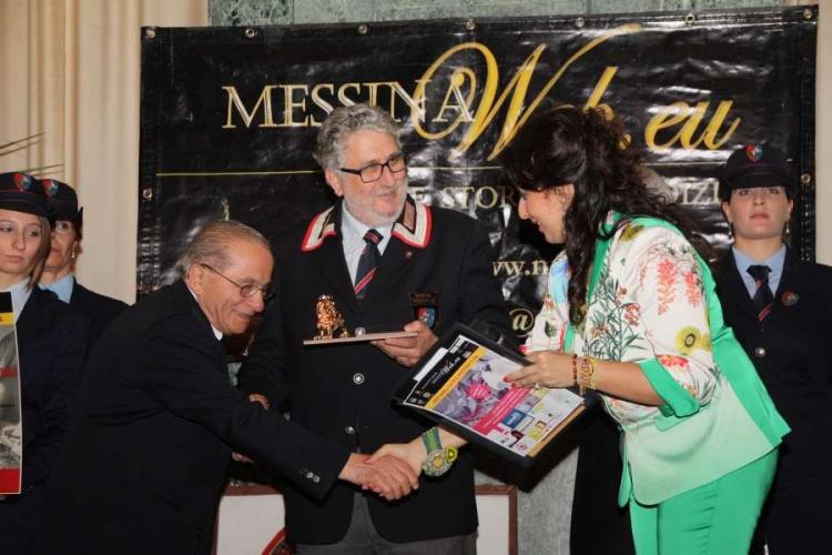 """Arti Applicate e Mestieri - Premio a: Umberto Procopio  """"maestro artigiano"""" Messina"""