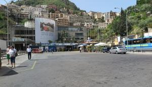 Taormina riparte e riapre, nel fine settimana, anche il parcheggio Lumbi, per accogliere le auto dei visitatori