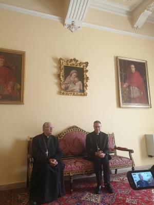 Incontro di sua Eccellenza Arcivescovo Monsignor Giovanni Accolla e vescovo ausiliare Monsignor Cesare Di Pietro con i giornalisti e UCSI