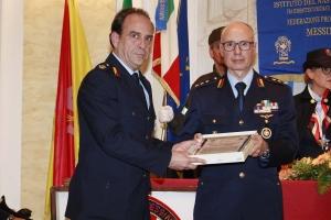 """Messina 6.12.2018 """"Premio Orione Speciale"""" conferito alla Sezione Infortunistica del Corpo di Polizia Municipale di Messina"""