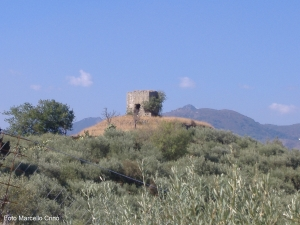 Barcellona Pozzo di Gotto: le torri nella Valle del Longano
