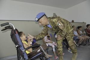 UNIFIL:iniziativa CIMIC in favore dei bambini con disabilità.Il Contingente Italiano e l'Arma dei Carabinieri,impegnati nella missione UNIFIL,portano per la prima volta in Libano la Terapia Multisistemica in Acqua a favore dei bambini con disabilità.
