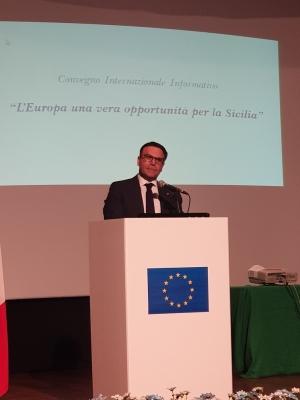 L' Europa: una vera opportunità per la Sicilia. Convegno voluto dall' on.le Massimo Romagnoli a Capo d' Orlando