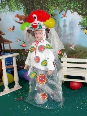 Un costume carnevalesco che merita Premio della Critica al Carnevale di Acitrezza: per la bimba Michelle Manna, maschera di Ausilia Patanè